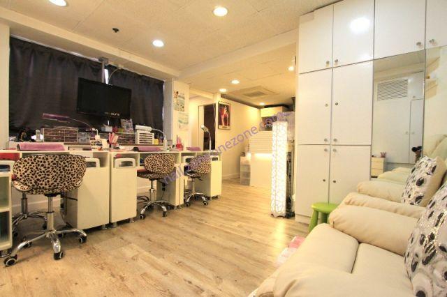 Devil Nail & Beauty Centre  - 寬敞舒適的美甲環境,能同時為多位客人進行美甲服務