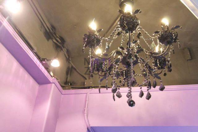 Bon Nail Castle (已搬遷) - 精美華麗的水晶燈