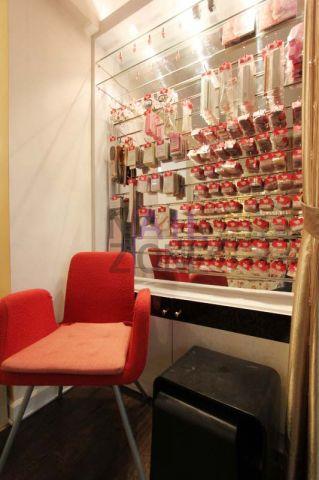 Art Nails 指藝社 - 設有眾多不同的美甲配件,能供客人自行選擇