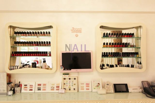 Clou de nail - Ada Nail提供不同知名品牌的美甲產品